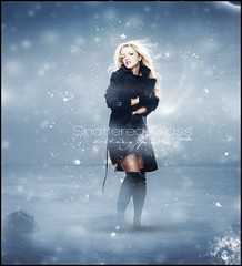 Britney Spears - Shattered Glass (Kervin R.) Tags: blue cold broken glass azul design amazing spears circus mtv shattered britney frio edicion rojas brayan kervin