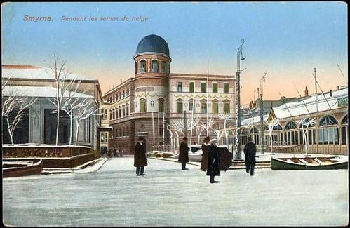 Karpostallarda yangından önce İzmir ve kar