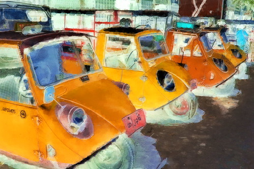 Myanmar - Mandalay - Streetlife - Auto Rickshaws - 6bb