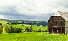 Lehesten Blick auf die Aue (zimmermann8821) Tags: berge fotografie gebäude landwirtschaft lehesten07349 naturlandschaft scheune sommer wiese