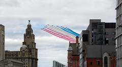 2017.06.24 - Red Arrows Over Liverpool During Mersey River Festival (D.R.Williams) Tags: red arrows liverpool liver buildind