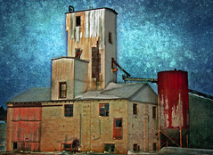 Stanton Nebraska Grain Elevator (5/365) (Micheal  Peterson) Tags: texture abandoned rural photoshop nebraska elevator grain rusty ne textures stanton project365 ruralphotos
