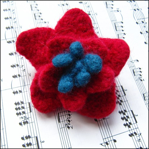 handknit felted flower brooch/pin in red and blue