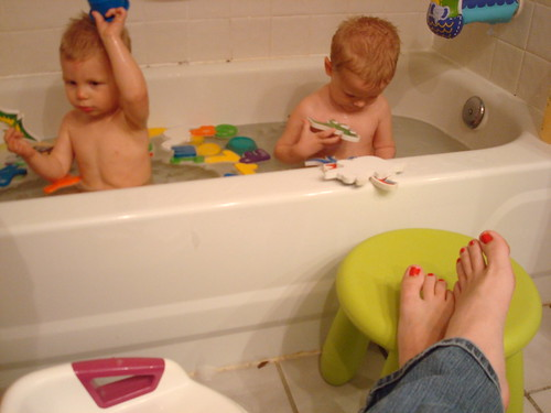 Bathtime was made for toenail painting