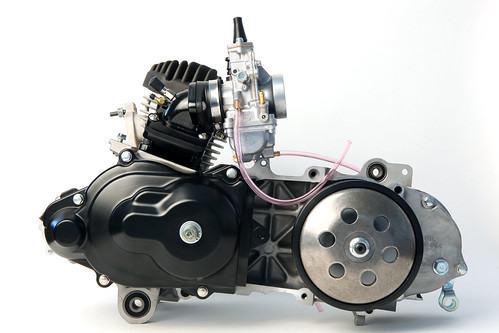 Honda 5 version dio dio/sr parts list af18/af25/ service book.