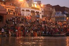 RTW2009-0837Varanasi (plusgood) Tags: india varanasi ganges uttarpradesh chhath chhathfestival rtw2009