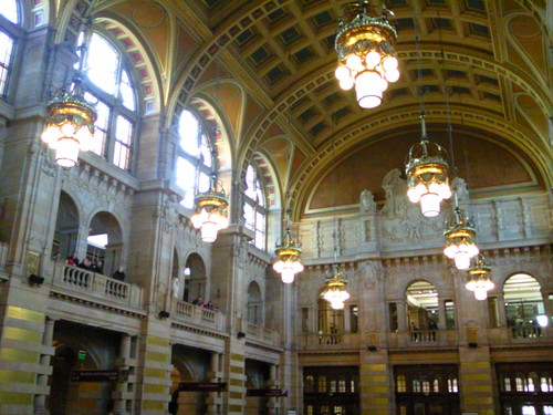 Photo tour of Kelvingrove Art Gallery & Museum: A free Glasgow attraction