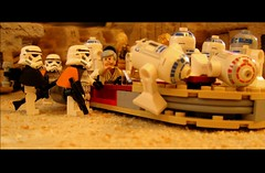 These aren't the droids we're looking for (leg0fenris) Tags: mos star starwars lego obi wars wan iv smuggler episode landspeeder eisley tatooine droids 8092 legofenris