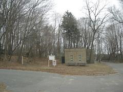 Kings Park Psychiatric Center (Dougtone) Tags: newyork building abandoned longisland kingspark kingsparkpsychiatriccenter 020710