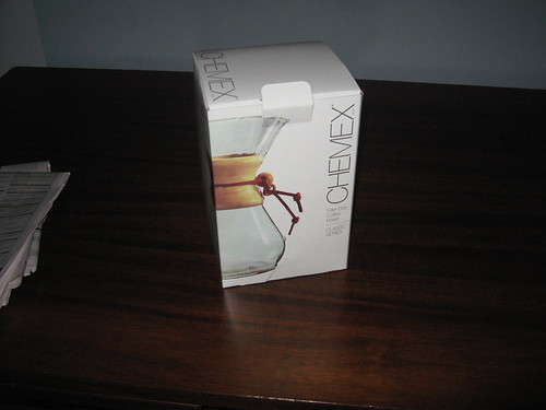 packaging has an Apple-like feel, very simple and elegant
