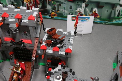 LEGO Toy Fair 2010 - Kingdoms - 7946 King's Castle - 7 by fbtb.