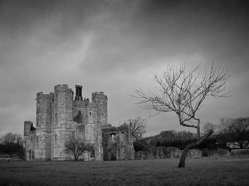 Titchfield Abbey From Road