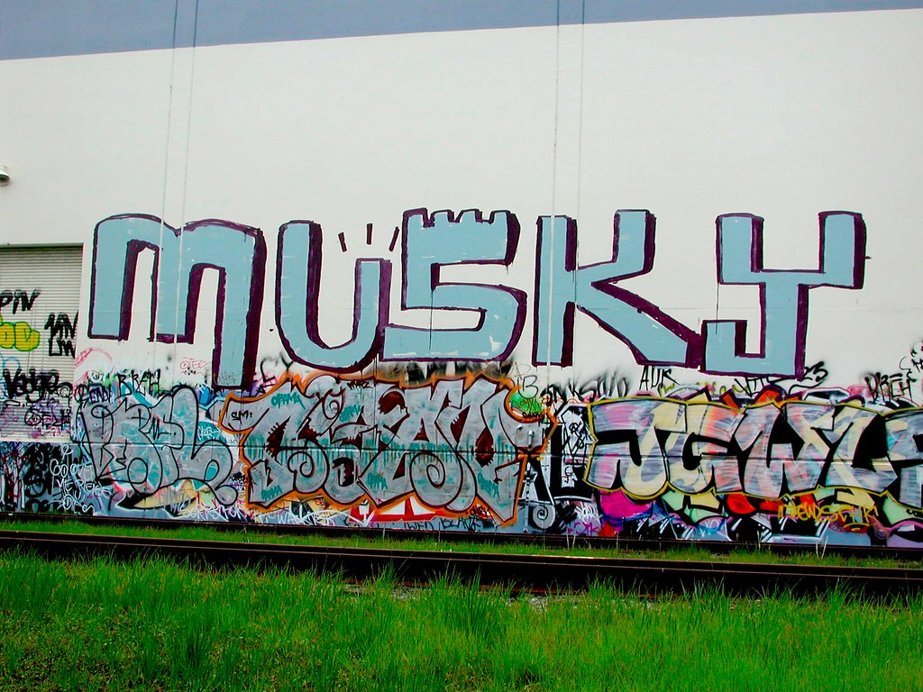 MUSKY, Graffiti, roller, EastBay, the yard