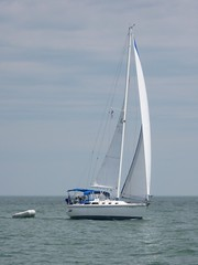 "Wobegon II Under Sail on Lake Erie • <a style=""font-size:0.8em;"" href=""http://www.flickr.com/photos/7120563@N05/4415213022/"" target=""_blank"">View on Flickr</a>"