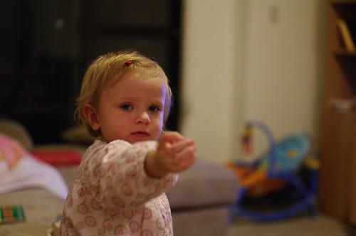 鄰家一歲多波蘭小女孩~