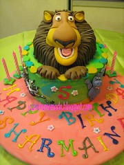 Madagascar Theme Birthday  cake (Jcakehomemade) Tags: africa alex animals cake children toys penguins kid lion safari jungle characters gloriathehippo charactercake alexthelion kingjulien martythezebra animationmovie 3dcakes madagascarcharacters madagascar2africa madagascarthemebirthdaycake melmanthegiraffe 3dcakekl 3dcakeselangor wwwjcakehomemadeblogsoptcom