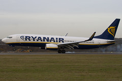 EI-EFB - 37532 - Ryanair - Boeing 737-8AS - Luton - 091202 - Steven Gray - IMG_4785