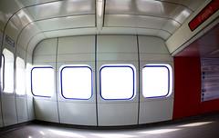 U1 (&li) Tags: vienna wien city people urban glass architecture geotagged sterreich gente metro tram ticket fisheye u1 scala stazione biglietto viaggio architettura citycentre citt vetro scalamobile struttura pendolare leopoldau mezzoditrasporto