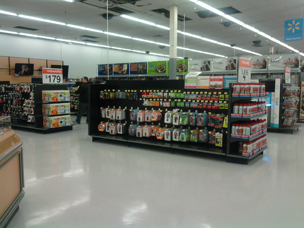 Wal-Mart - 73rd Street - Windsor Heights (Des Moines), Iowa - Prepaid Phones & Video Games