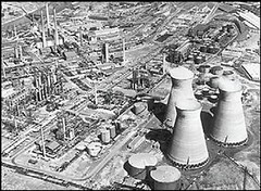 the BP refinery previously on the site of Coed Darcy (courtesy of the Prince's Foundation)