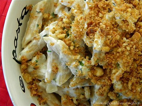 Ricotta Cauliflower Cream Pasta w/ Toasted Garlic Bread Crumbs