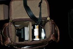 Olympus Micro Four Thirds Retro Bag - Medium (Mr 76) Tags: uk 50mm pentax f14 medium smc fa pentaxfa k100d smcpfa50mmf14 pentaxk100dsuper k100dsuper olympusmicrofourthirdsretrobag