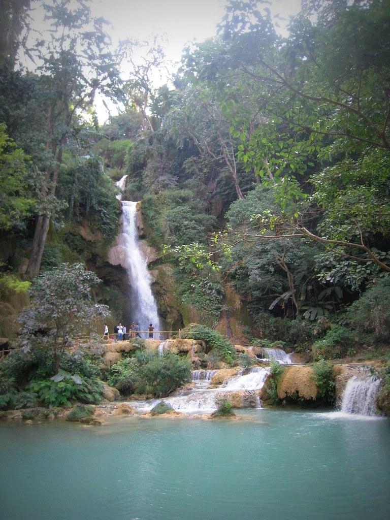 Chutes d'eau de Khuang Sy