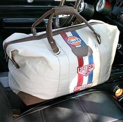 Travelbag original (Squadra Piloti) Tags: travelbag automoto wwwsquadraro gentidepiele gentisport grandprixoriginal