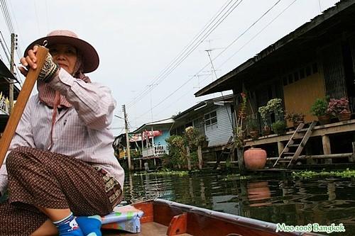 Dammnoen Saduak Floating Market-19