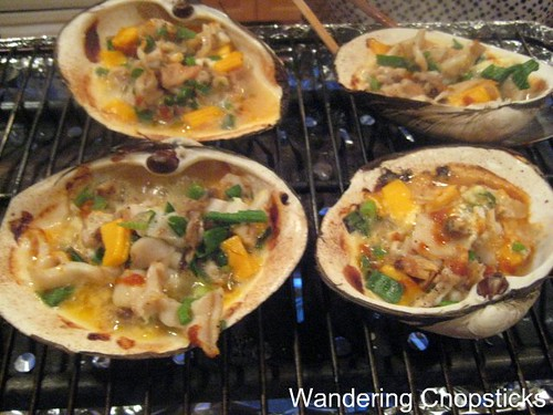 Mom's Geoduck Dynamite-Style and Chao Oc (Vietnamese Rice Porridge with Clams) 2