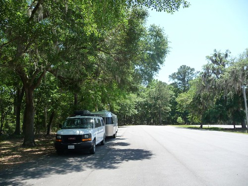 day use parking in skidaway island state park.