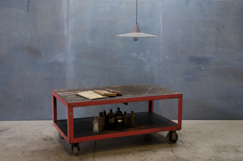 1280_1959industrial-vintage-tv-table-steel-wood1