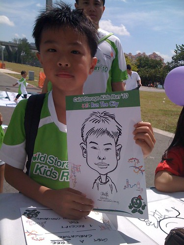 caricature live sketching for Cold Storage Kids Run 2010 - 21