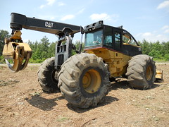 2005 CAT 545 Skidder for Sale with 7100 Hours, Winch, 35.5 Tires 05 (Jesse Sewell) Tags: cat forsale forestry logging 360 caterpillar 525 winch 630 deere 660 grapple 545 620 catarpillar 560 tigercat 460 timberjack 848 catrpiller 648h singlearch 525b 360c 450c 560c 610c 660c 620c catrpillar 540h 640g 535b 460c 525c wwwskidderzonecom skidderzone 518c 540g dualarch 535c wwwjessesewellwordpresscom wwwyoutubecomuserskidderzone wwwflickrcomphotosskidderzone 545c 648g 748g 548g 548g2 548gii 540g2 540gii 540giii 548g3 540g3 640g2 640gii 640giii 640g3 640h 548h 748h 848h 848g3 848giii 848g2 648gii 630c 630d e620c
