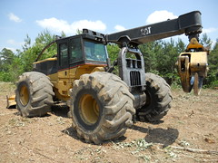 2005 CAT 545 Skidder for Sale with 7100 Hours, Winch, 35.5 Tires 03 (Jesse Sewell) Tags: cat forsale forestry logging 360 caterpillar 525 winch 630 deere 660 grapple 545 620 catarpillar 560 tigercat 460 timberjack 848 catrpiller 648h singlearch 525b 360c 450c 560c 610c 660c 620c catrpillar 540h 640g 535b 460c 525c wwwskidderzonecom skidderzone 518c 540g dualarch 535c wwwjessesewellwordpresscom wwwyoutubecomuserskidderzone wwwflickrcomphotosskidderzone 545c 648g 748g 548g 548g2 548gii 540g2 540gii 540giii 548g3 540g3 640g2 640gii 640giii 640g3 640h 548h 748h 848h 848g3 848giii 848g2 648gii 630c 630d e620c