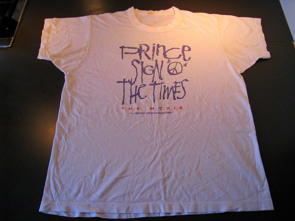 "T-shirts: Prince ""Sign O the Times"" movie release"