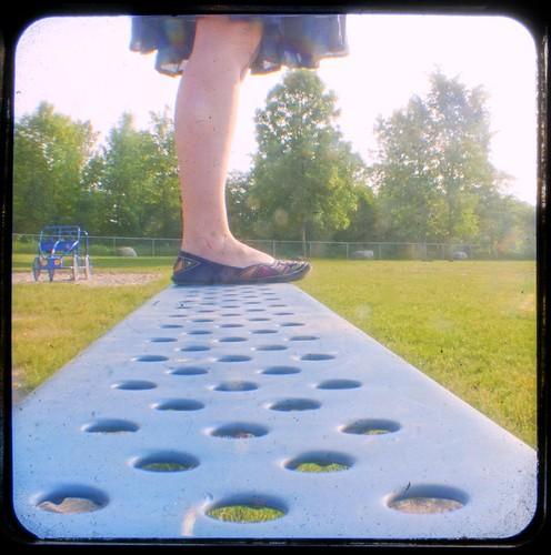 471:1000快乐的长凳周一在公园TTV