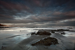 Regalo matutino (Mavic2566) Tags: sea españa naturaleza seascape beach water sunrise canon landscape bay los spain long exposure sigma asturias playa paisaje 1020 exposicion larga 40d quebrantos