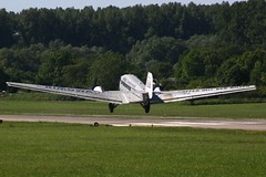 Junkers Ju 52 takeoff (705547) Tags: trees summer sun classic start plane airplane flying back 1930s background aircraft air low flight off take oldtimer behind takeoff runway ju tante warbird airliner 52 2010 speyer junkers rimowa 523m juair edry hbhoy