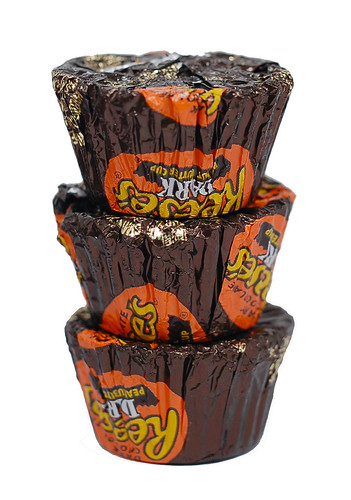 Reese's Dark Peanut Butter Cup Miniatrures
