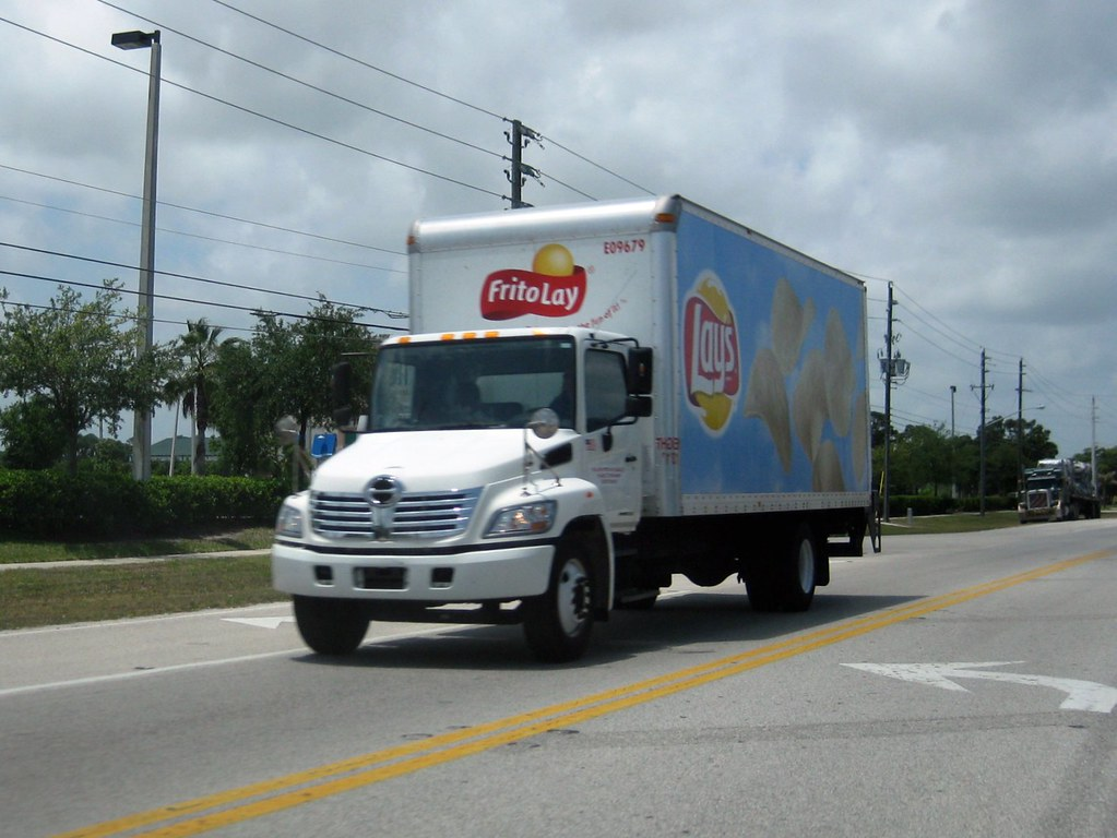 the world s best photos of chips and frito flickr hive mind frito lay hino box truck formerwmdriver tags truck box chips potato frito snack