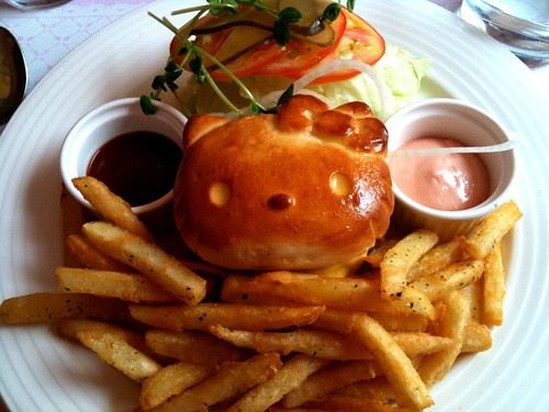 Here's my hamburger at Hello Kitty Sweets.
