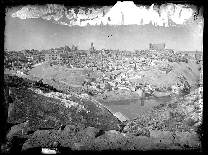 Toledo hacia 1890. Fotografía de Casiano Alguacil. Ayuntamiento de Toledo