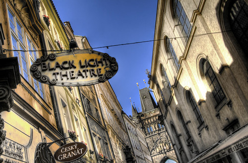 Black theatre sign. Pregue. Cartel del teatro negro. Praga