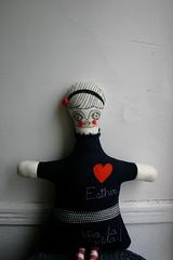Esther6 (cara carmina) Tags: pink flowers blue orange black mexico dolls heart frida colores artdolls fridakahlo esther corazon monas muñecas clothdolls flres lovelydolls recyclefabrics muñecasrecicladas
