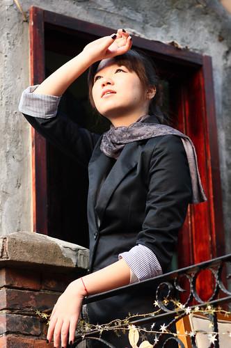 フリー写真素材, 人物, 女性, アジア女性, 見上げる, 中国人,