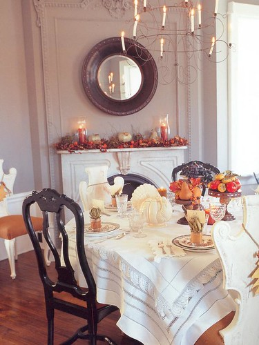 FestiveLooks_Thanksgivingtable_lg