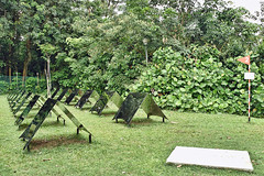 Basha (chooyutshing) Tags: artinstallation basha no2 mirror polishedstainlesssteel geraldleowsingapore exhibit gillmanbarracks lockroute singapore