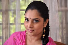 Actress Ramya (Divya Spandana) Photos