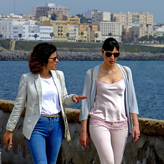 Cadiz, Andalusia, Spain (pom.angers) Tags: panasonicdmctz30 april 2017 españa spain andalucìa andalusia cádiz europeanunion woman women sea 100